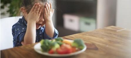 Чем кормить ребенка в первый год жизни